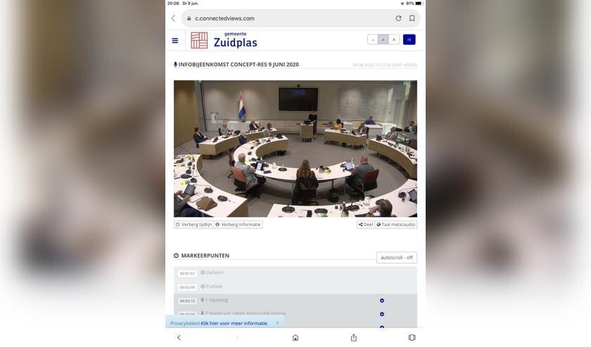De gemeenteraad van Zuidplas in juni voor het eerst weer bijeen in het gemeentehuis.
