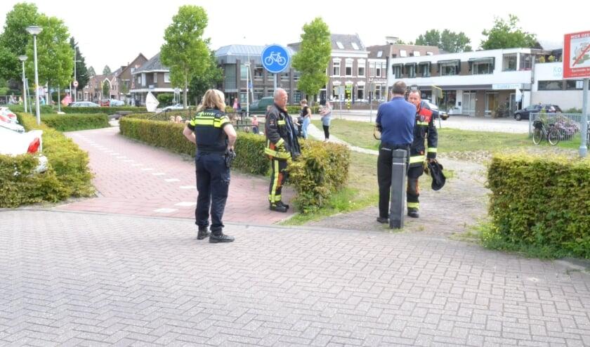 De hulpdiensten kwamen in actie nadat er melding was gedaan van een gaslucht bij kinderdagverblijf De Boemel. (foto: AS Media)
