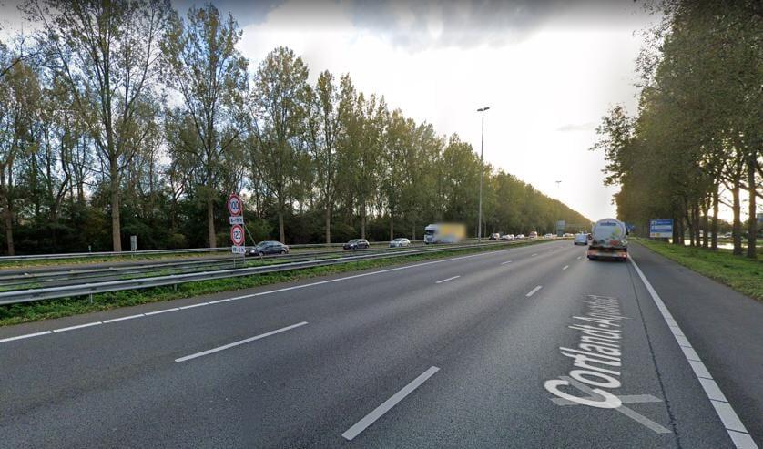 <p>Niet het gehele trac&eacute; van de A20 dat de gemeente Zuidplas in gedachten had, krijgt geluidssanering. Rijkswaterstaat heeft daartoe besloten.</p>