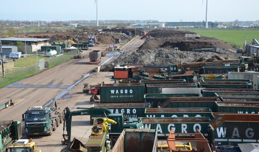 <p>Volgens Wagro-directeur Kruiswijk wordt met de bouw van de hal de geuroverlast &#39;nihil&#39;.</p>