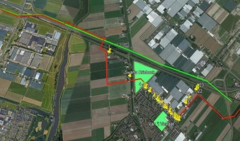 <p>Het in januari door Tennet voorgenomen trac&eacute; (in rood) en een in februari door bewoners aangedragen andere ligging van de kabels (groene lijn). Voor beide trac&eacute;s heeft Tennet nu alternatieven onderzocht, die komende week worden besproken. </p>