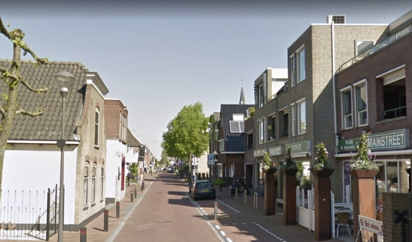 <p>De Dorpsstraat in Zevenhuizen zou last hebben van zwaar verkeer.</p>