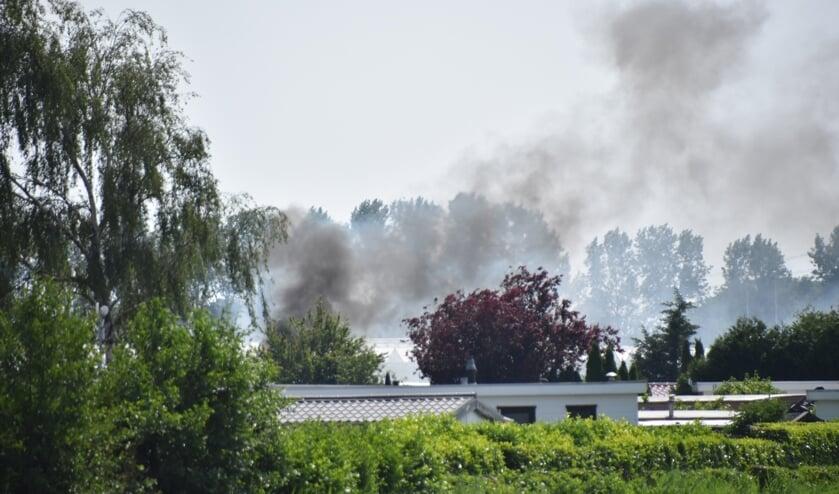 <p>Hulpdiensten zijn vrijdagmiddag uitgerukt voor een brand op recreatiepark Park de Randstad in Moerkapelle.</p>