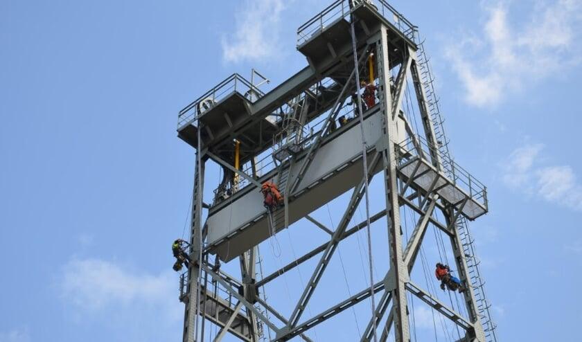 Werkzaamheden aan de hefbrug, juli 2021. Ze worden tegelijkertijd uitgevoerd als de werkzaamheden aan de N207.