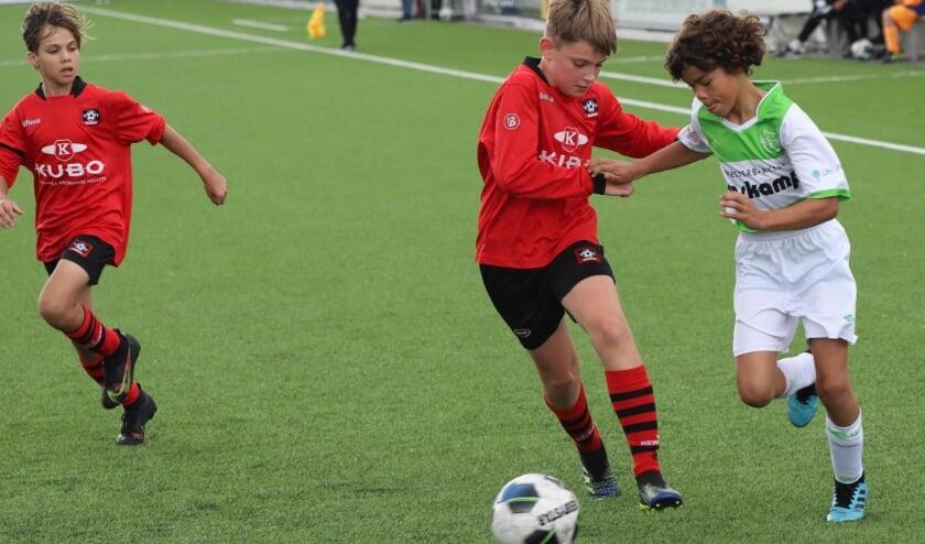 <p>Bij VV Nieuwerkerk staan voor komend seizoen 103 teams ingeschreven voor competitievoetbal.</p>