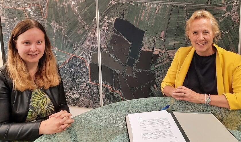<p>De wethouders Kirsten Schippers (links) en Inge Nieuwenhuizen. (foto:pr)</p>