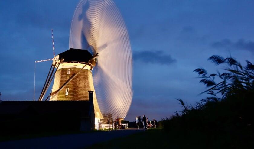 <p>De molens draaiden zaterdag dankzij een fijne hoeveelheid wind volop. (foto: Jolanda Bakker)</p>