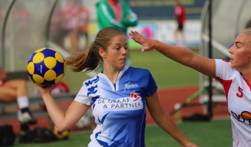 <p>Korbis verloor op het toernooi in de eerste wedstrijd van IJsselvogels. (tekst en foto: Erik van Leeuwen)</p>