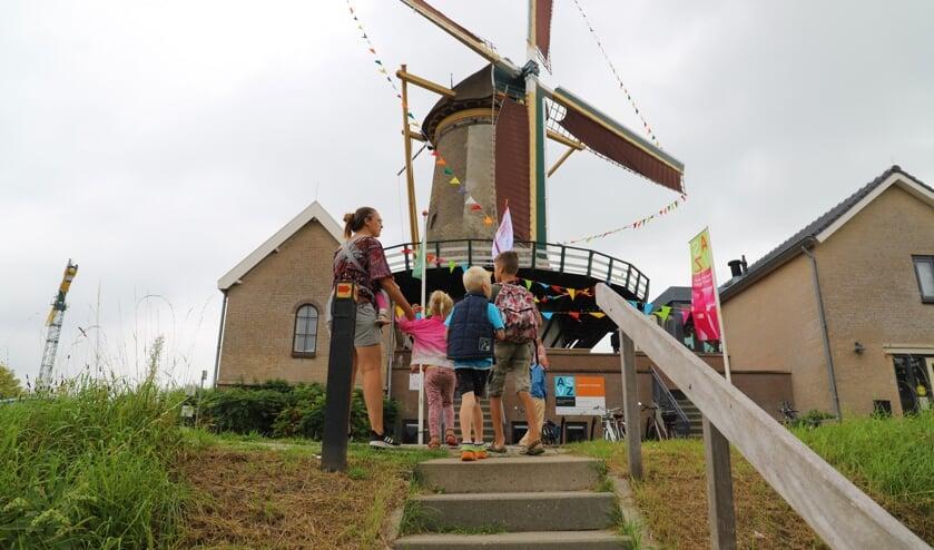 <p>Vanuit Molen Windlust konden de bezoekers zaterdag alle kanten op. (foto en tekst: Erik van Leeuwen)</p>