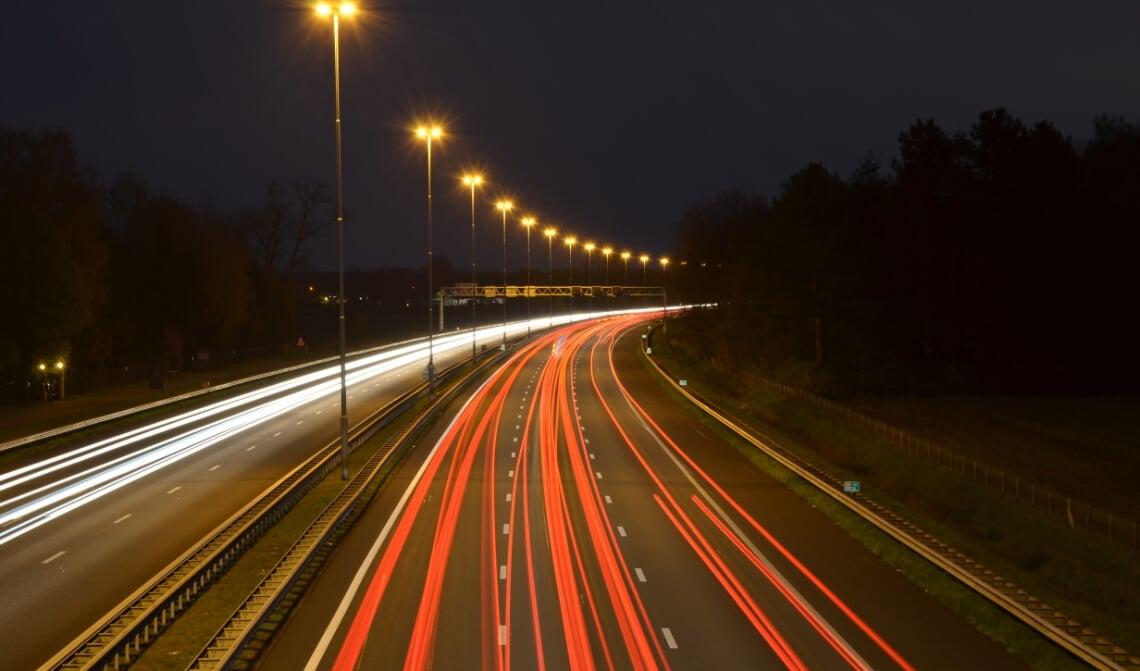 <p>Op de A2 is zelfs &#39;s nachts veel verkeer.</p>
