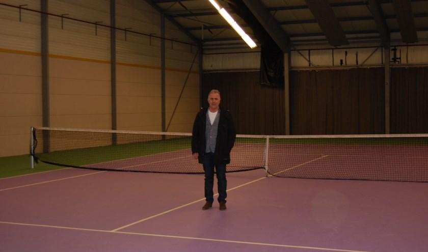 Ondernemer Geert Smit kocht in 2013 sporthal de Braken. De Braken was daarmee de eerste sportaccommodatie die volledig geprivatiseerd werd.   | Fotonummer: 47399c
