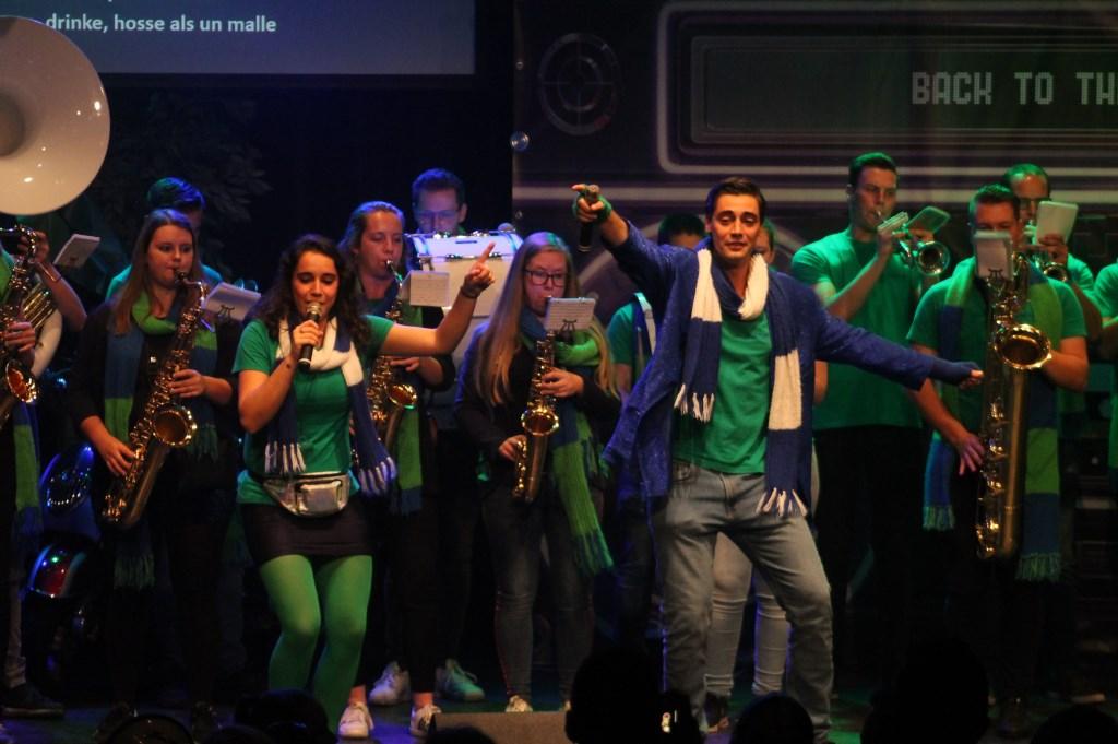 Slager 2019-2020: CV Wanne Klets met het lied: Grif dur de leut bevange! Foto: PR-Commissie Dun Blaouwun Beer © MooiGestel