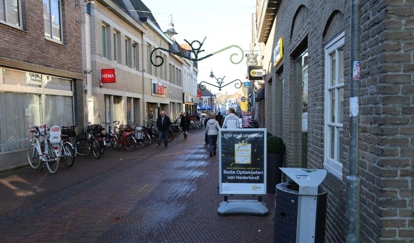 Ook de Rechterstraat kent veel diepe winkelpanden.   | Fotonummer: 109986