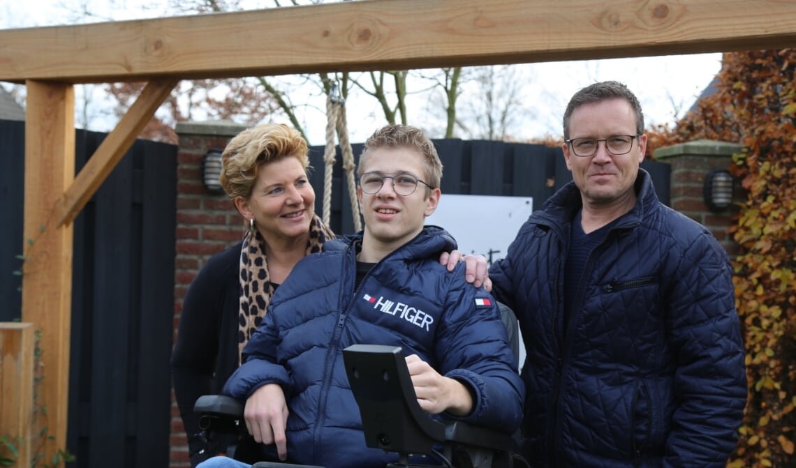Van links naar rechts: Sindy, Jurre en Wynand.