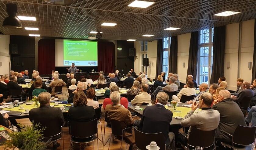 De Rots zat vol met vertegenwoordigers van diverse seniorenorganisaties.   | Fotonummer: 27ff34