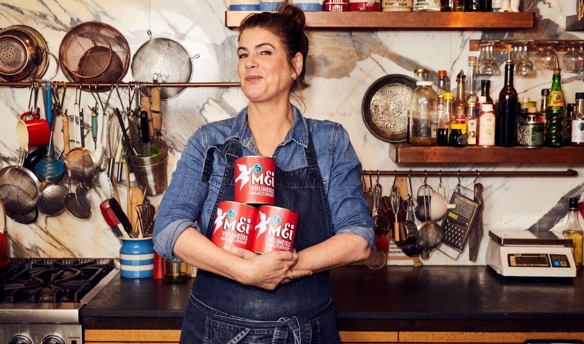 <p>De vrijheidssoep is onderdeel van de jaarlijkse vrijheidsmaaltijd. Kern van de maaltijd is de soep, dit jaar ontwikkeld door kok Yvette van Boven. </p>