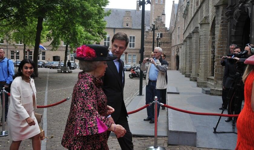Beatrix in Middelburg met premier Rutte.