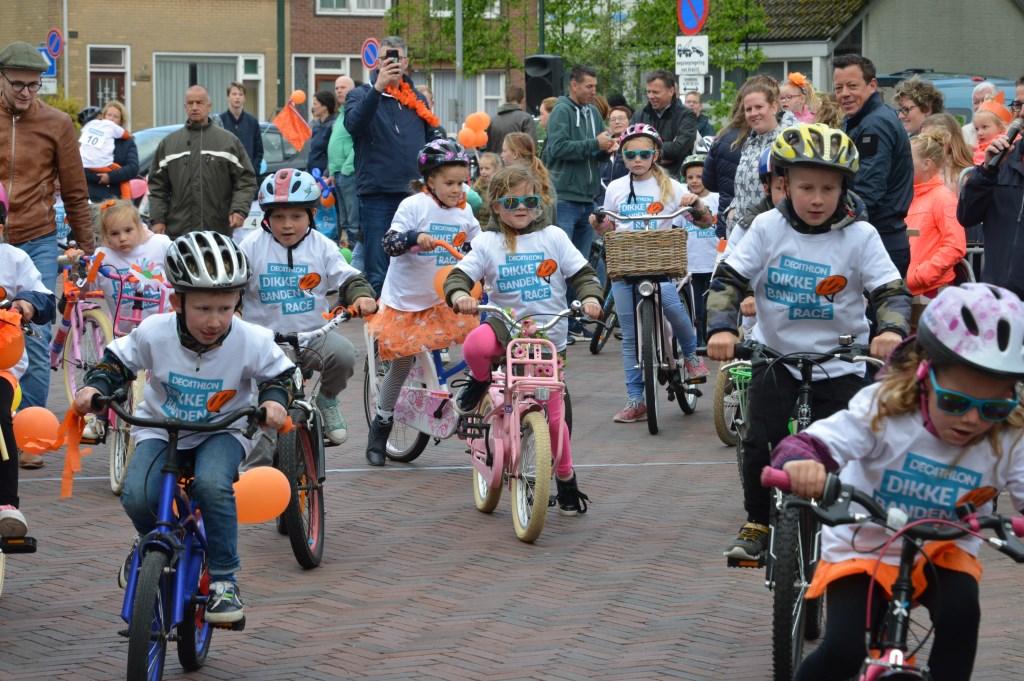 Dikkebandenrace Oud-Vossemeer.  © Eendrachtbode