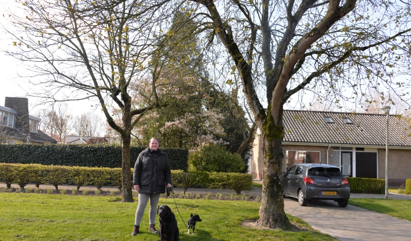 Anja Bakker kwam uit Rotterdam terug naar het dorp waar ze is geboren.