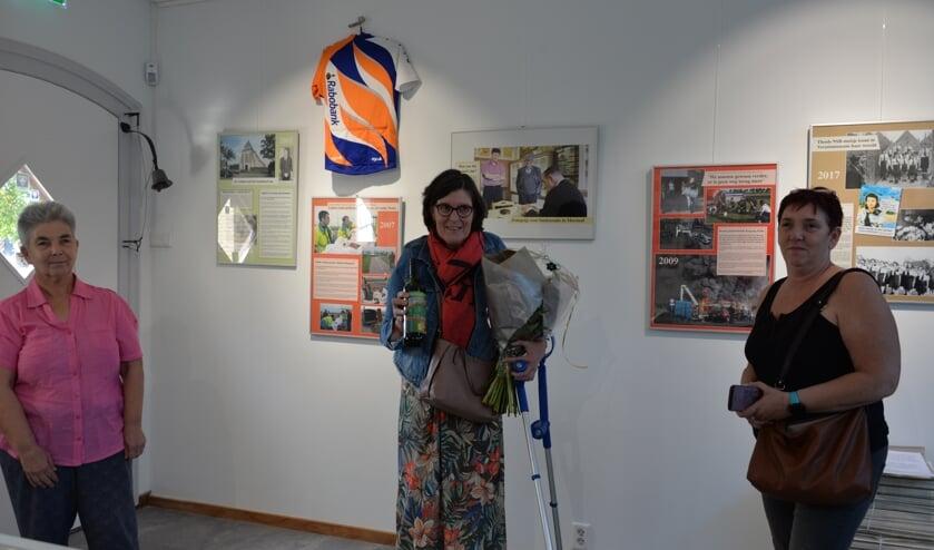 Marleen de Ruijsscher kwam samen met vriendinnen Mayke v.d. Laak (rechts) en Anita v.d. Werf (links) naar het museum.