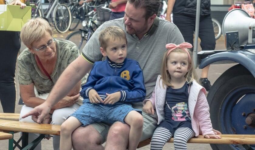 Vol spanning wachten op Jan Klaassen.     Fotonummer: c8d204