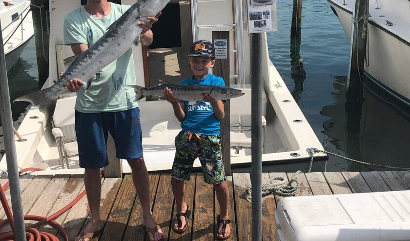 Dat zijn grote vissen!   | Fotonummer: d23a41