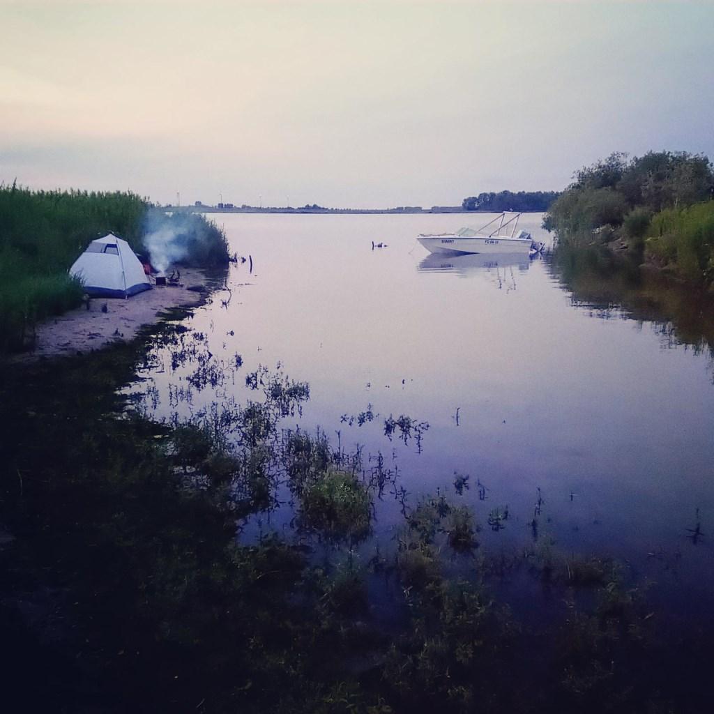 Een mooi plaatje bij Tiengemeten aan de Maas bij Hellevoetsluis  © MooiRooi