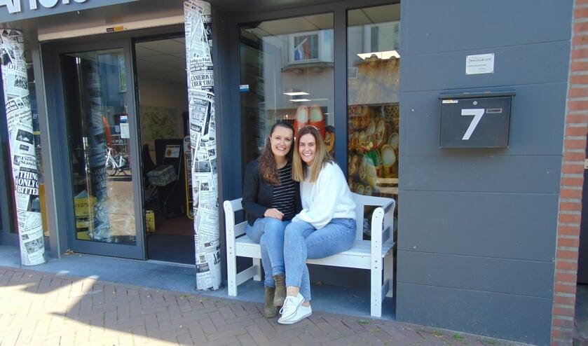 Betty van der Zanden (l) en Kate Rudolph (r)     Fotonummer: 4f1003