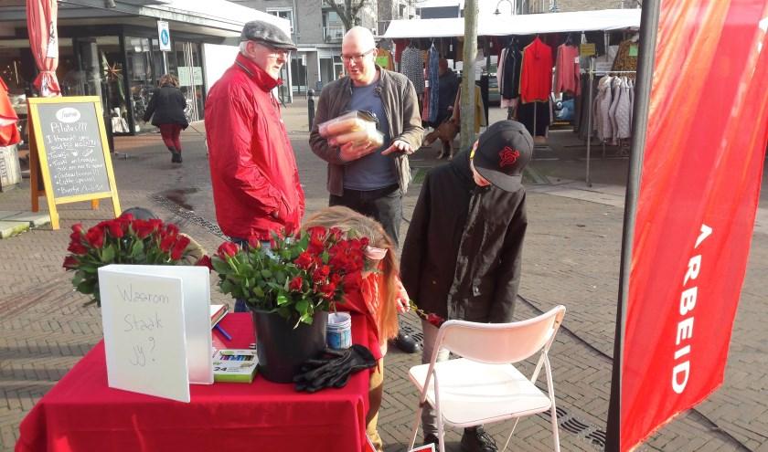 De actie werd op de Markt in Veghel gehouden.   | Fotonummer: a6c08c