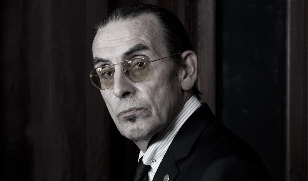 20-19-2014 Rotterdam De Nederlandse dichter, voordrachtskunstenaar, performer en schrijver Jules Deelder. Op 24 november wordt hij zeventig jaar.  (beeld Paul Bergen)