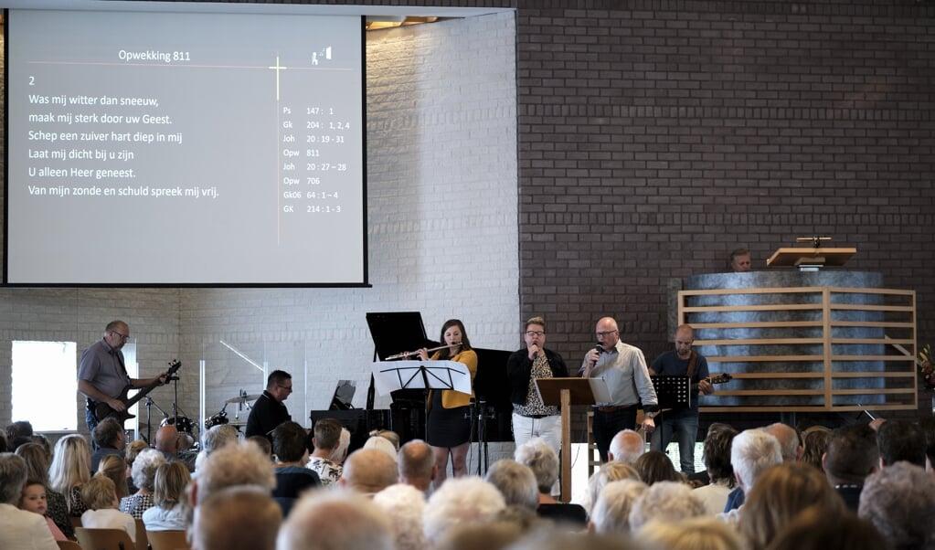 Vanaf zondag mag je in veel kerken zingen op 'praatniveau'.  (beeld Dick Vos)