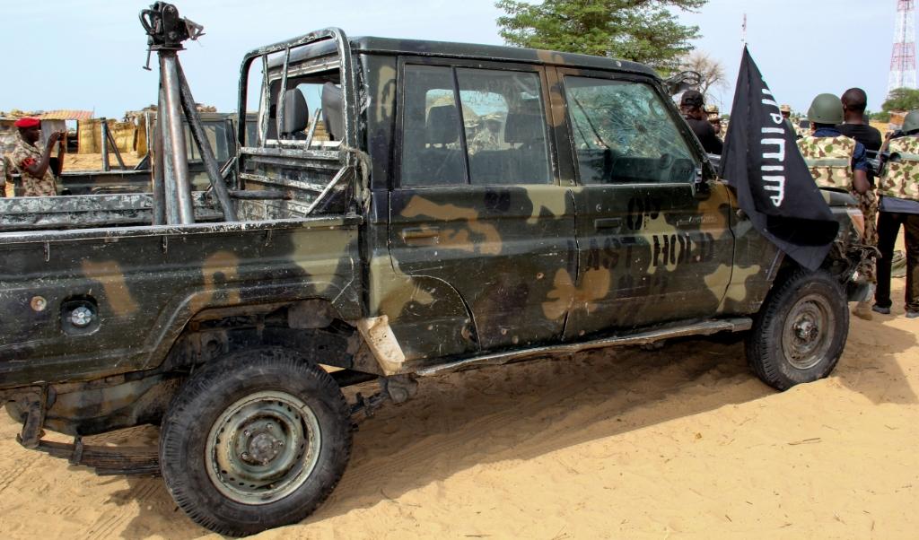 ISIS heeft in Nigeria elf christenen gedood. Op de foto een auto van ISIS in de Nigeriaanse plaats Baga.  (beeld afp / Audu Marte )