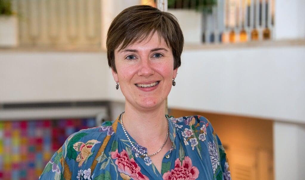 Neurowetenschapper Janna Marie Bas-Hoogendam hoopt met haar onderzoek meer bewustzijn te kweken voor extreme verlegenheid.  (beeld Hans-Lukas Zuurman)