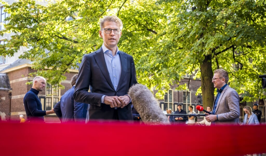 Sander Dekker  (beeld anp / lex van Lieshout)