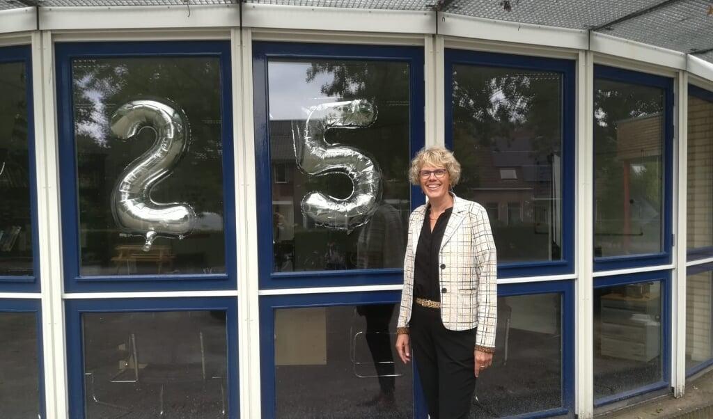 Annet Klip, directeur van gereformeerde basisschool Het Sterrenlicht.   (beeld het sterrenlicht)