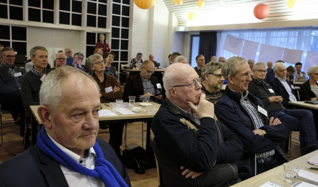 Zaterdag vergaderden de de Nederlands- en vrijgemaakt-gereformeerden weer samen in Mennorode.  (beeld Dick Vos)