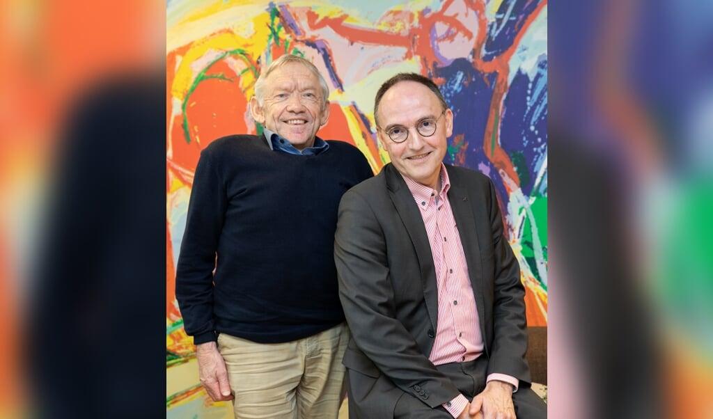 Dick Slump (links) en Pieter Pel: 'Laat de synode ophouden met dit ondoorzichtige gedoe.'  (beeld Nanette de Jong Fotografie)