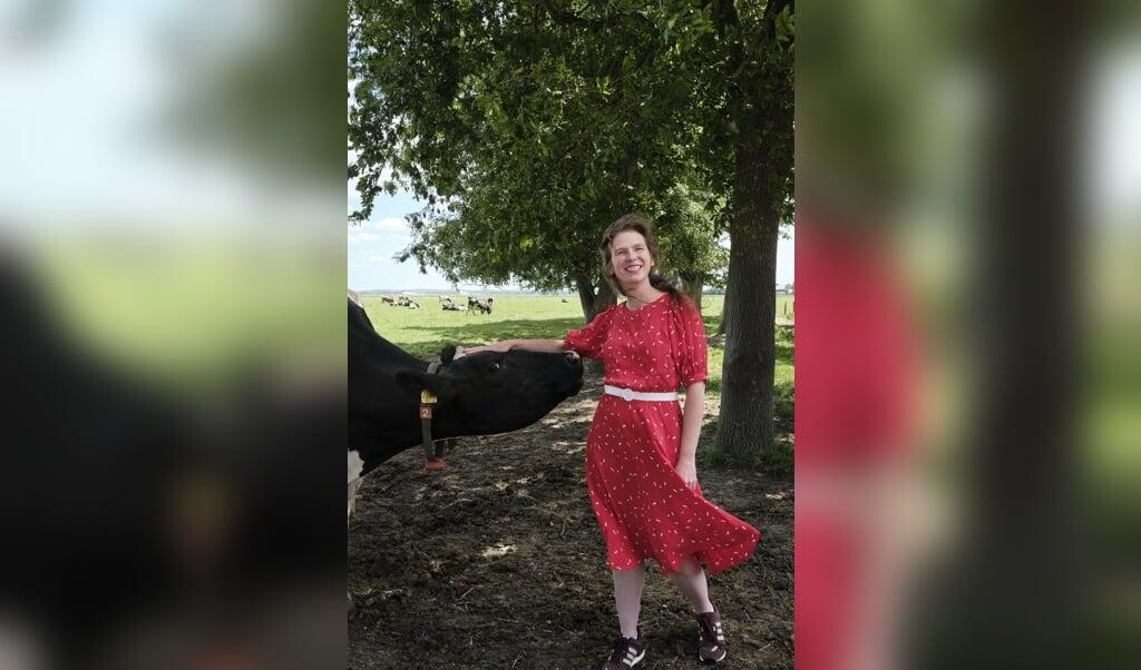 Martine Kruider is o.a. boerin, journalist, gastspreker en leidt een kringloopwinkel.  (beeld Dick Vos)