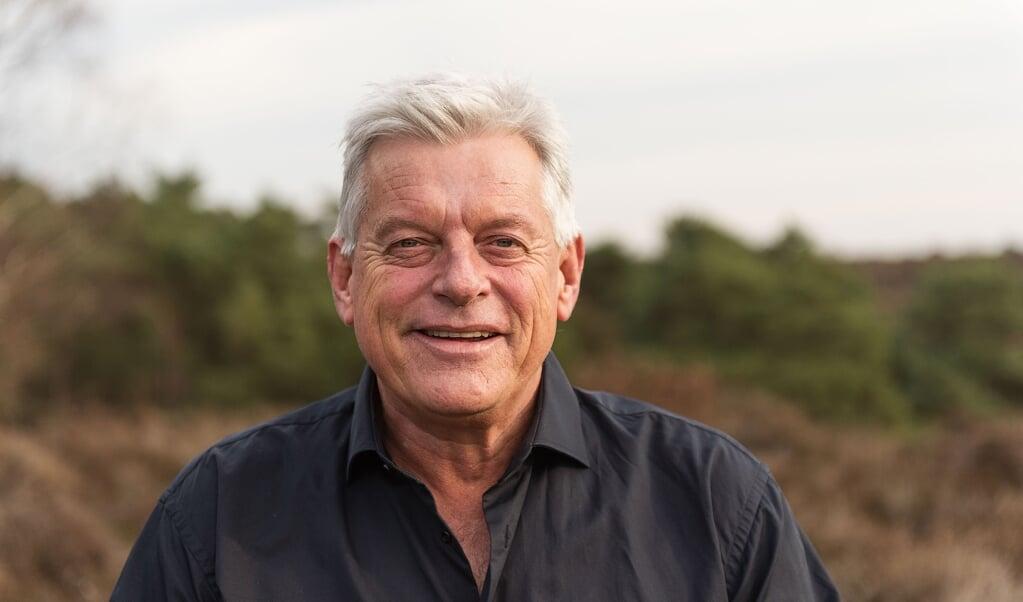 Martin van Es riep voor 'Zeg maar Joe' de hulp in van een ghostwriter.  (beeld Silvester Kok)