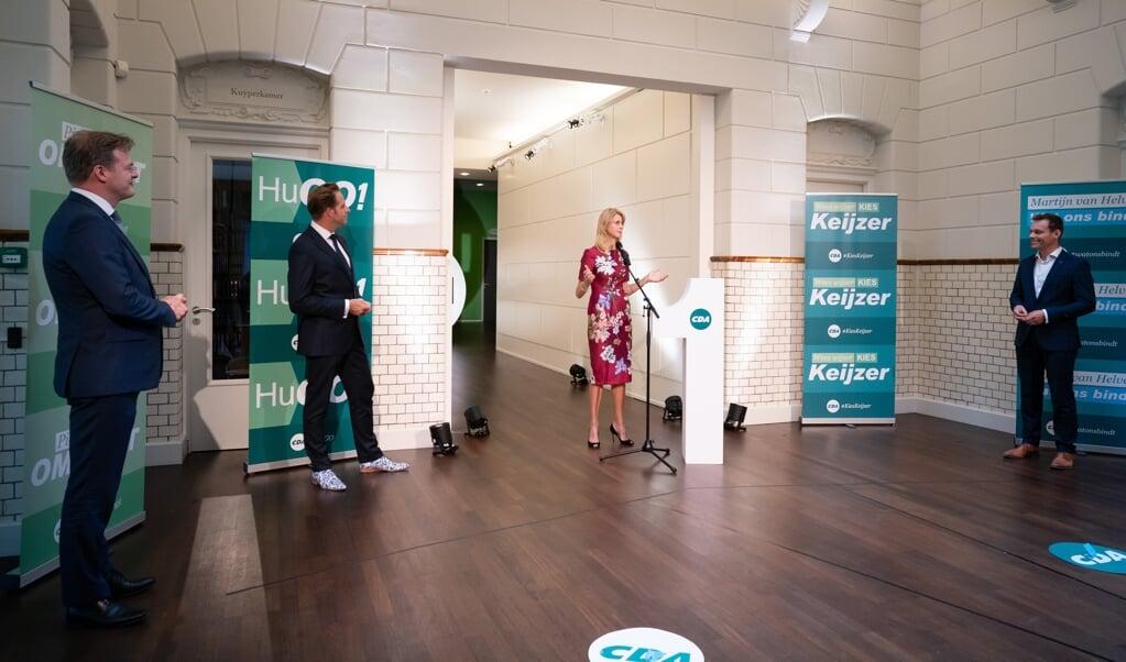V.l.n.r. Pieter Omtzigt, Hugo de Jonge, Mona Keijzer en Martijn van Helvert op het partijbureau tijdens de voordracht van het CDA van de nieuwe lijsttrekker van de partij.   (beeld anp / Bart Maat)