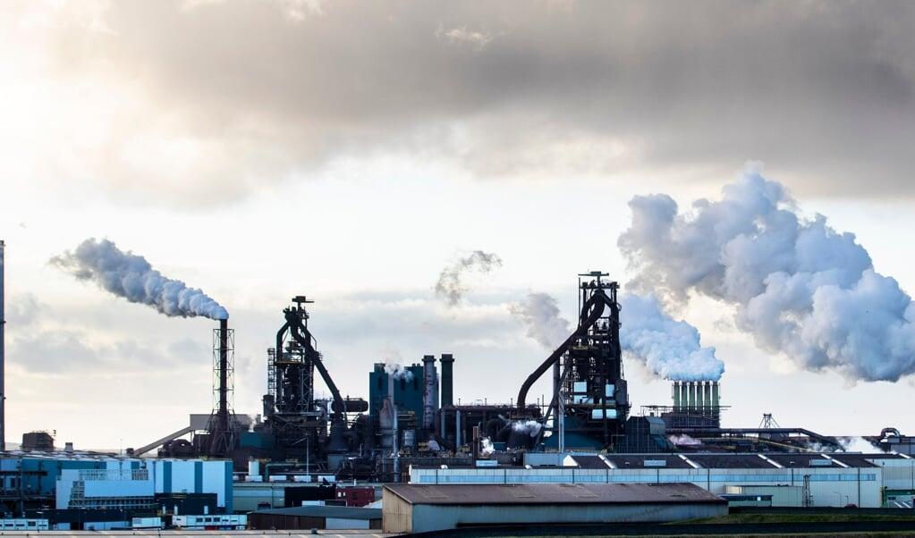 De overname van Tata Steel door het Zweedse SSAB is van de baan.  (beeld anp / Jeroen Jumelet)