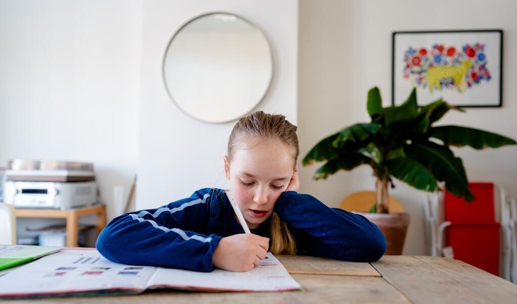 Veel kinderen wisten maandag niet wat de opdracht was vanuit school.  (beeld anp / Bart Maat)
