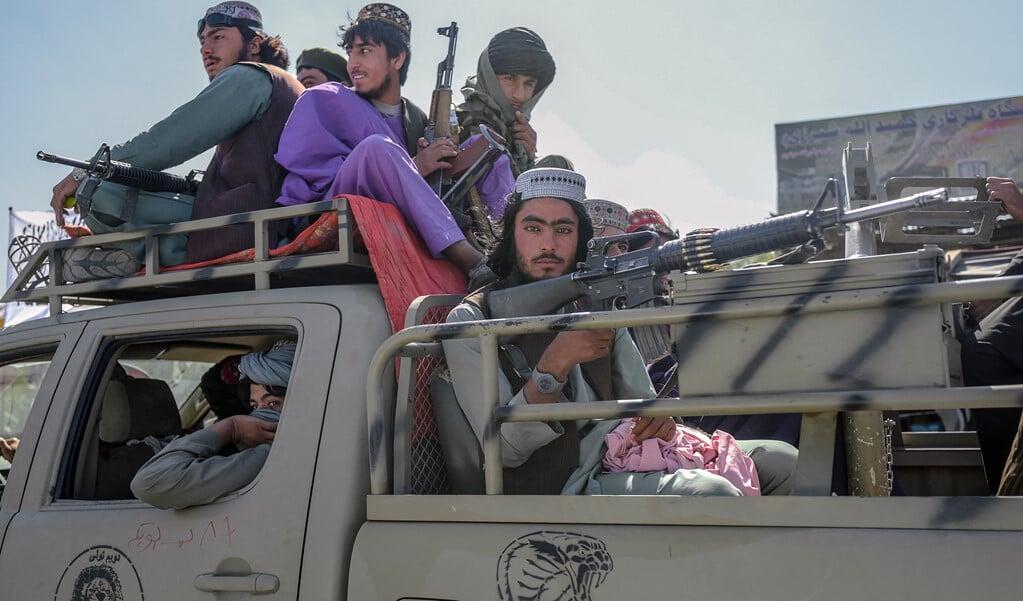 Talibantroepen in Kabul.  (beeld afp / Bulent Kilic)