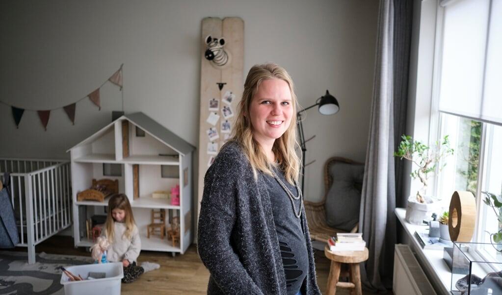 Treeske Hiemstra: 'Als ik geld tekort kwam, verkocht ik kleding of spullen van zolder.'  (beeld Dick Vos)