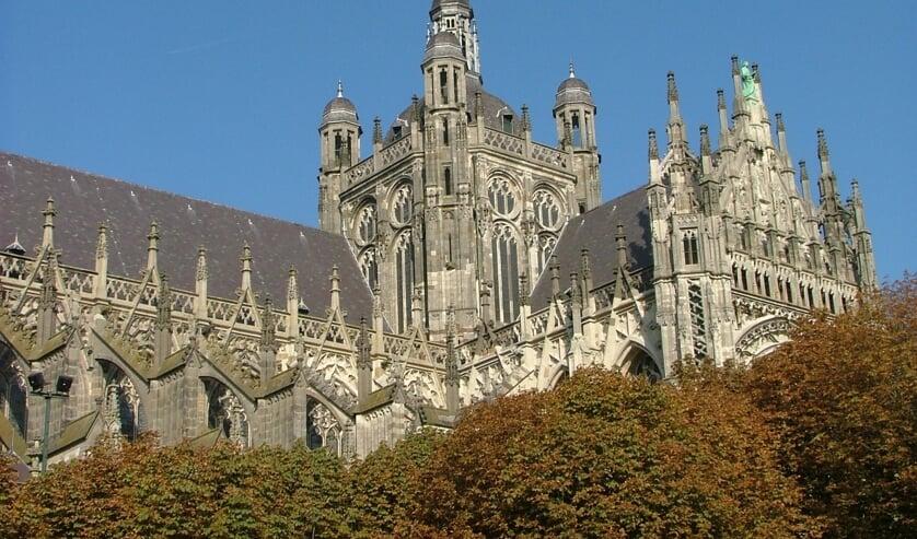 De Sint-Jankathedraal in Den Bosch  (beeld wikipedia)