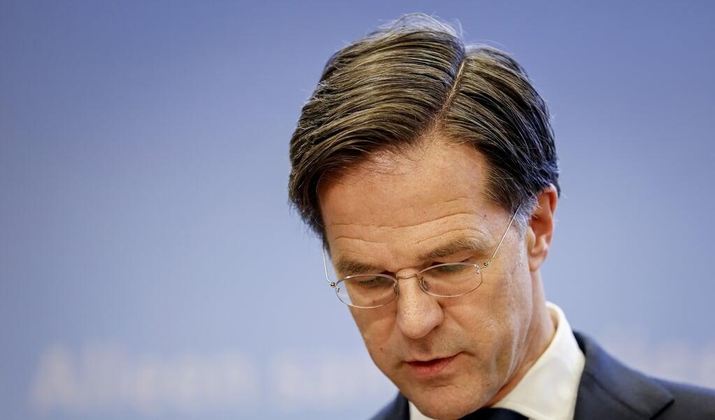 Demissionair premier Mark Rutte geeft een toelichting op de coronamaatregelen in Nederland.   (beeld anp / Sem van der Wal)
