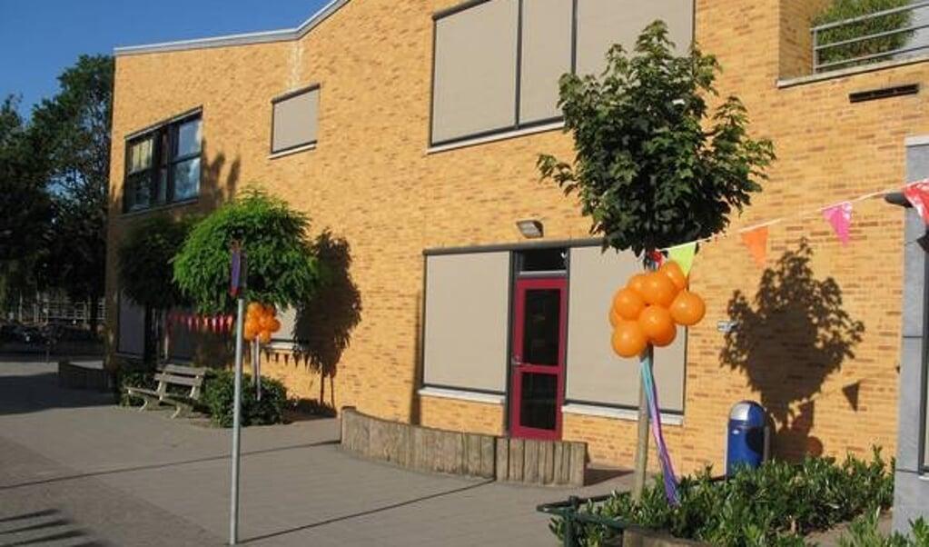 EBS Online in de Eindhovense wijk Woensel Noord telt 375 leerlingen verdeeld over 15 klassen.  (beeld ebs)