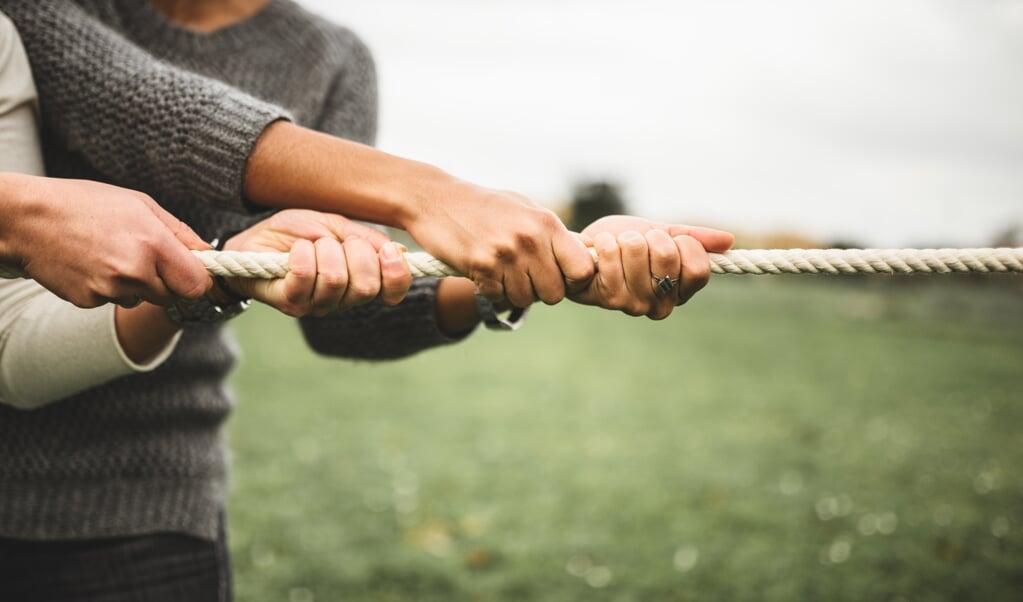 In de eigenlijke betekenis van tucht staat het woord voor 'trekken'.  (beeld iStock)