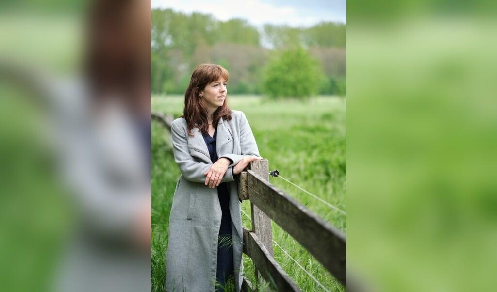 Voormalig journalist Nikki Sterkenburg is sinds de zomer van 2020 werkzaam als analist op het ministerie van Justitie en Veiligheid.  (beeld Dick Vos)