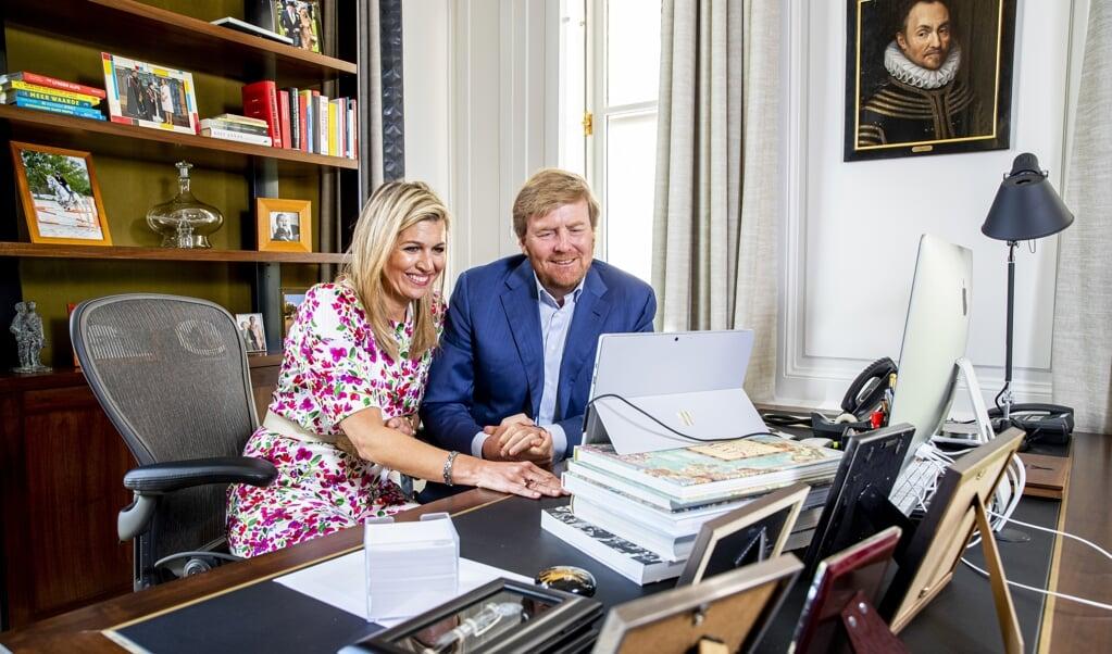 Willem-Alexander en Máxima op Koningsdag 2020.  (beeld anp / Patrick van Katwijk)